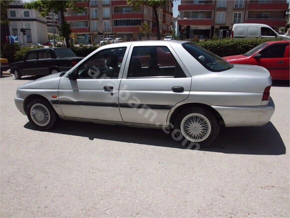 FİDAN OTOMOTIV DEN SATILIK  97 MODEL FORT ESCORT CLX