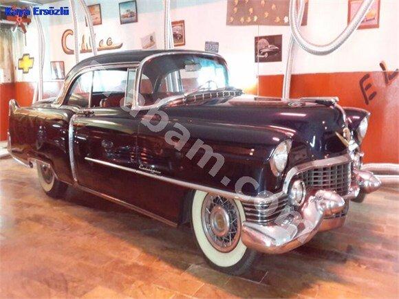 CADILLAC Coupe Deville 1954