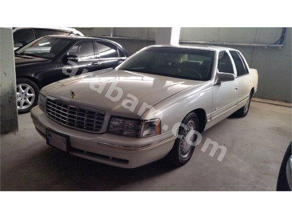 Cadillac  D'elagance 32 V Northstar  1998