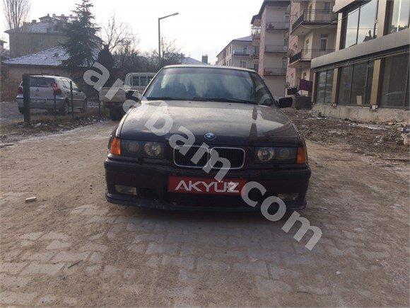 1994 Model BMW 320