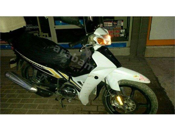 Yamaha Crypton 110'luk cup Tarzı Motosiklet