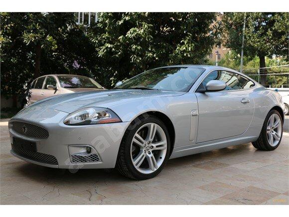 2008 xkr supercharger 27.000km ilk sahibinden kapali garaj otomobilidir.