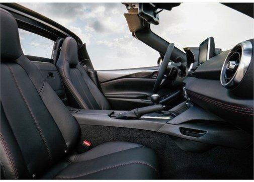 Mazda MX-5 RF 1.5i SKY-G Motion Manuel
