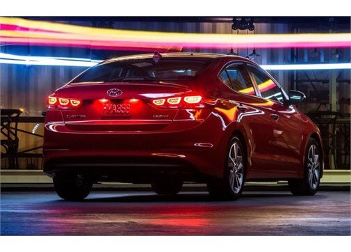 Hyundai Elantra 1.6 CRDI Style Plus DCT