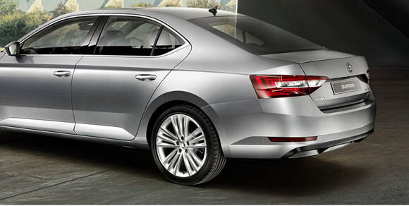 Skoda Superb 1.6 TDI Greentech Active DSG