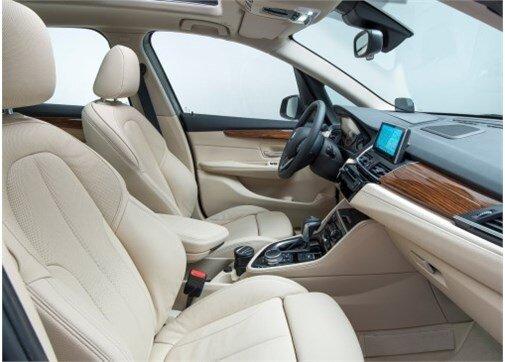 BMW 2 Serisi 216d Pure Otomatik