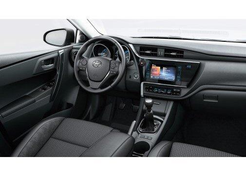 Toyota Auris 1.8 Hybrid Advance Skypack e-CVT